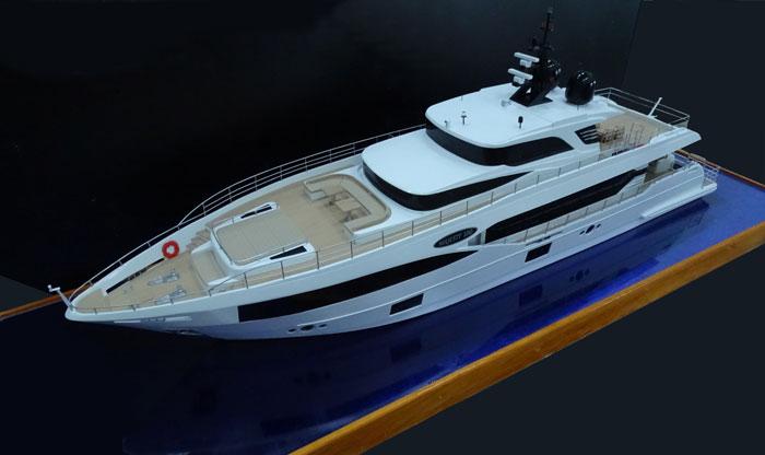 Yacht-Majesty 100