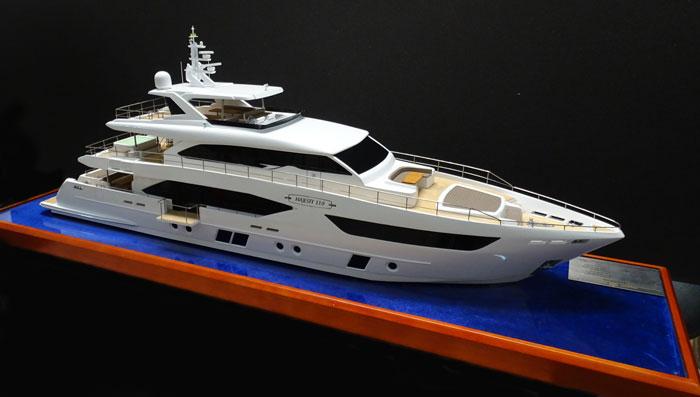 Yacht-Majesty 110